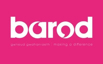 Live Webchat and telephone helpline services for those affected by substance use from Barod